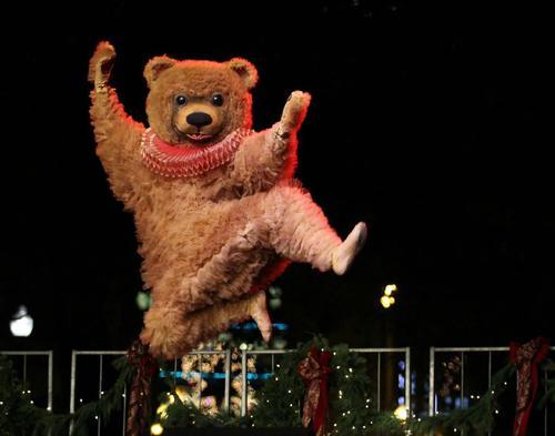 芭蕾舞熊表情包